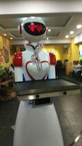 威朗酒店餐廳傳菜送餐機器人服務員智能對話迎賓機器人