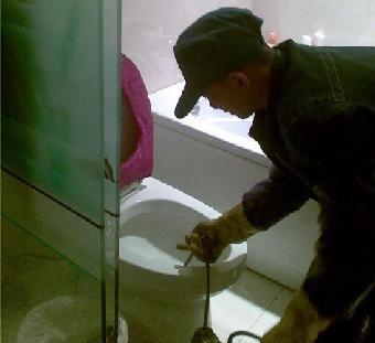 南京马桶疏通 维修马桶漏水故障