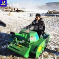 畅想冬日激情 滑雪场雪地坦克车 履带式坦克车