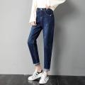 擺攤趕集牛仔褲5元到15元工廠直銷便宜女式小腳褲