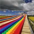 四季皆火爆的彩虹滑道 七色滑梯 游樂景區滑道