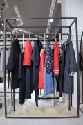 梵雪品牌女裝石井服裝尾貨批發市場 常熟服裝廠尾貨