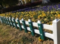 pvc护栏-草护栏-坚固耐用