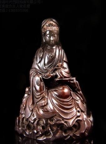 犀角雕比牙雕稀少,比竹雕珍贵,比木雕精致,是杂项收藏品中的上品收藏
