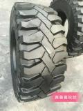 10R16.5、滑移式裝載機輪胎 鋼絲輪胎