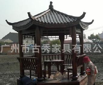 首先,大多数凉亭采用的都是木结构,古代的皇室建筑和一些大型寺庙也