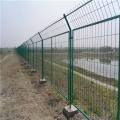 框架護欄網規格 公路護欄網 池塘圍欄