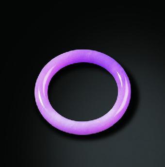 一般来说紫色浓的紫罗兰翡翠手镯的种就不好