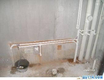 专业技术人员维修:马桶水箱