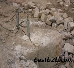 设备挖孔桩井岩石坑砂浆破碎无声设备-安徽液人工混桩基拌图片