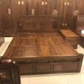 聊城老榆木家具廠家批發實木床