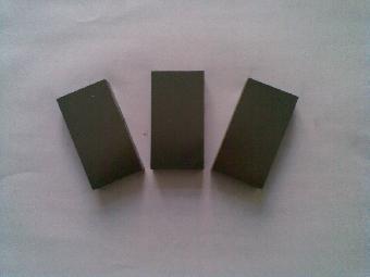 日本TOYO炭素TTK-4各向同性超细颗粒石墨