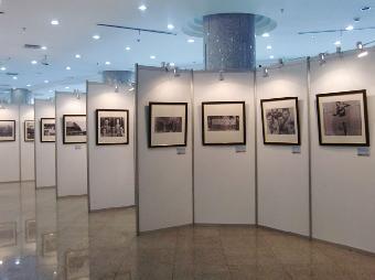 北京油画展板出租八棱柱画展展板租赁