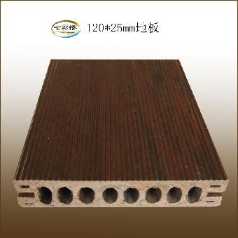 生态木户外地板还可以使雨水从地板间隙流入地面,有着良好的排水性和
