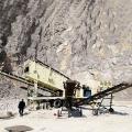 臨沂引進時產150噸移動軋石機推進高速公路發展
