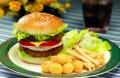 薩蘭尼漢堡以美食吸引,以歡樂匯聚,打造財富堡壘