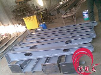 深圳钢结构雨棚钢梁 停车棚钢梁支架加工 定做