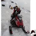 芳華拂去雪花雪地摩托車電動雪地摩托車雪地賽車
