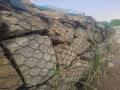 熱鍍鋅鉛絲石籠網的水利作用抗洪石籠網的生態特點
