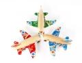 原木小飞机手工制作给宝宝挑选安全的木制玩具
