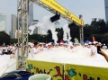 上市典禮啟動畫軸儀式多米諾活動噴射泡沫機節慶彩色泡