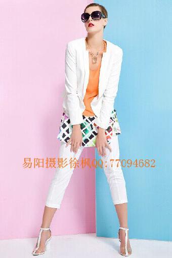 上海国外女模特画册拍摄,国外女模特服装拍照