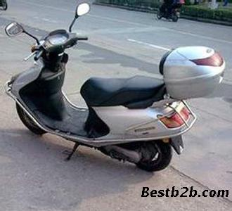 本田100hs摩托车