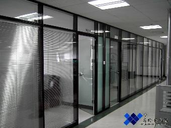 为您提供玻璃门玻璃隔断服务