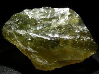 玻璃陨石夜明珠_玻璃陨石拍卖咨询_周边服务栏目_jdzjcom