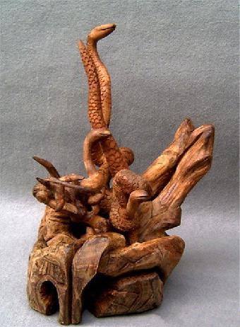 清乾隆 金丝楠木雕松鼠葡萄落地罩 (一组)编号:6100成交价:r