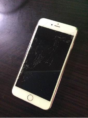 维修>苹果手机屏破裂,液晶屏破裂
