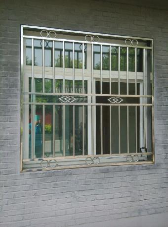 不锈钢阳台护栏领域