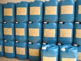 包装与储存    酸洗缓蚀剂用塑料桶包装