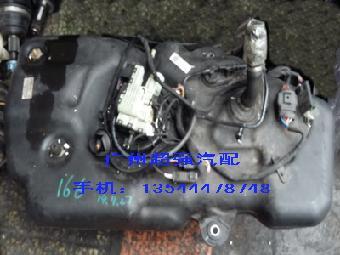 奔驰w166 ml350 gl350柴油车尿素泵
