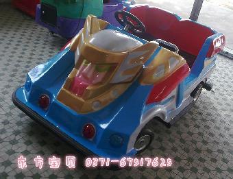 旋转木马,3人转马,旋转升降飞机,旋转起伏波浪车,等中小型儿童游乐