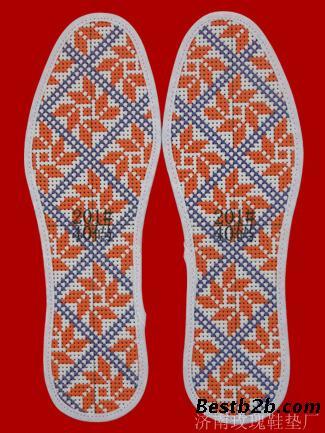 鞋垫三角针锁边缝法视频教程-鞋垫锁边针法步骤视频