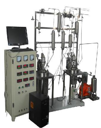 碳钢制作的高压反应釜和发酵罐,加料罐,换热器,真空动态多箱干燥机