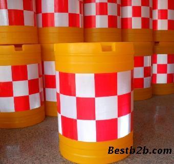 防撞桶价格 塑料防撞桶规格