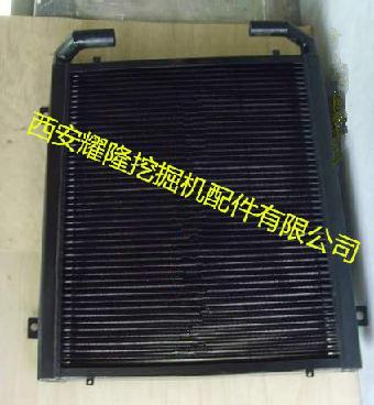 神钢200-6e挖掘机液压油散热器图片
