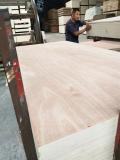 桃花芯貼面三合板板面整潔膠合板