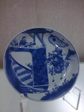 蓝料彩动物盘子