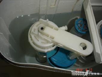 石家庄马桶排水阀皮垫变形无法封水维修