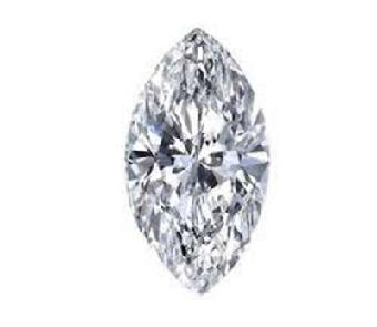 这种切割方法同时可以使钻石克拉重量达到最佳,从表面看则显示重量