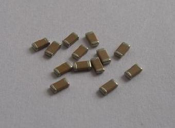 高压贴片电容主要用于电源滤波,电源降压,倍压,吸收浪涌保护ic, 基