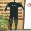 6MM干式潛水衣 全干式潛水服防水服連體加厚防潛水