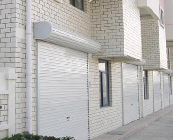 西城区安装电动卷帘门,水晶卷帘门