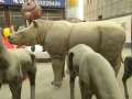 玻璃钢雕塑动物仿真定制犀牛动物园主题装饰雕像摆件