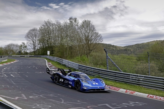 大众ID.R纯电能赛车 创纽柏格林最快单圈纪录