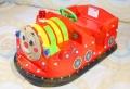 托马斯儿童新款电动碰碰车碰出新感觉