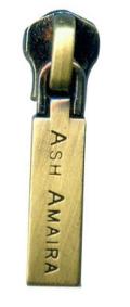 镀古铜拉链牌定制,金属牌子制作,找深圳定制拉链头厂